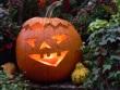 Grusel-Licht: Dekorationen mit Kerzen zu Halloween